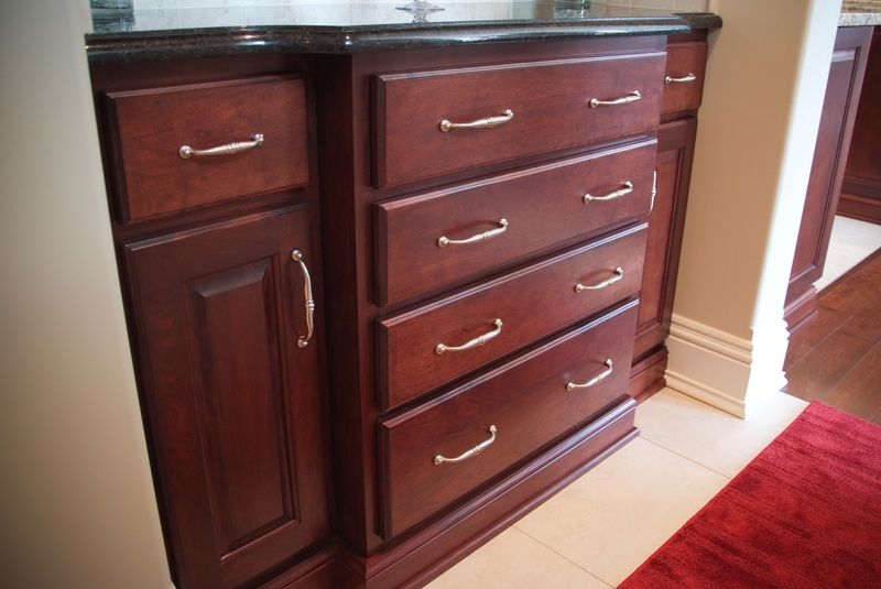 Drop zone base cabinets